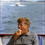 00/08/1963. LES DERNIERES VACANCES DE JF.KENNEDY EN FAMILLE